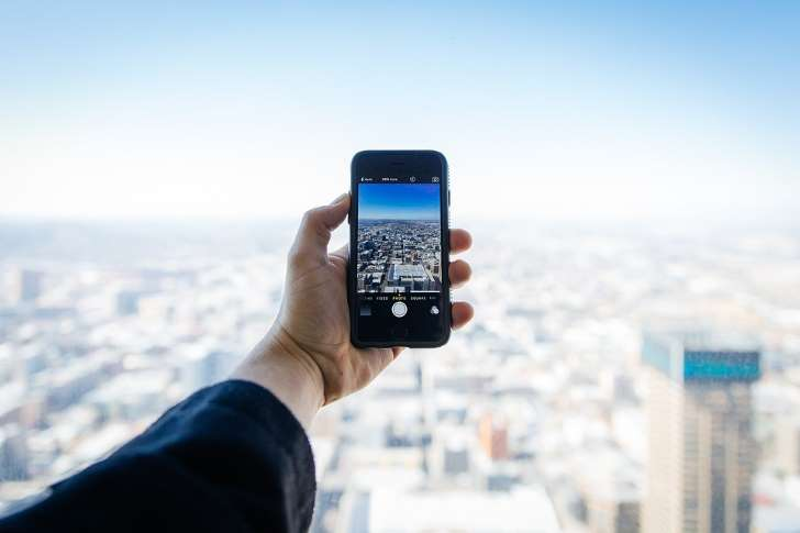 10 ways in which the mobile has changed the way